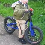 どれがいいの?ランニングバイク(ペダルなし自転車・バランスバイク)を比較してみた!(※ストライダー、ディーバイクなどなど)