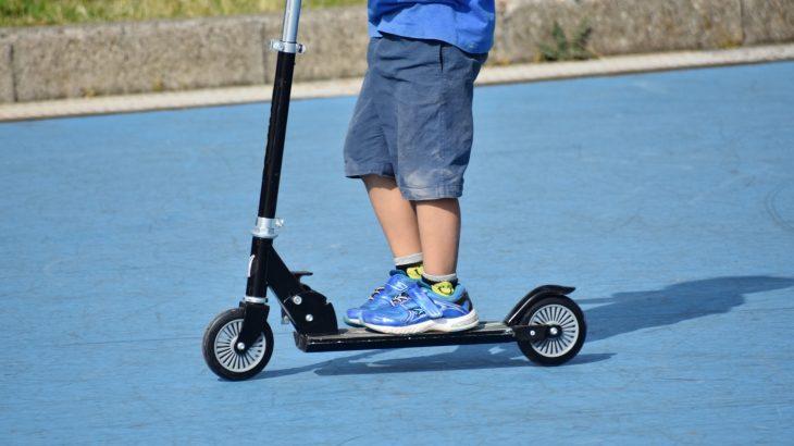 【3・4・5歳〜】子供用のおすすめ3輪キックボード【JDRAZOR】